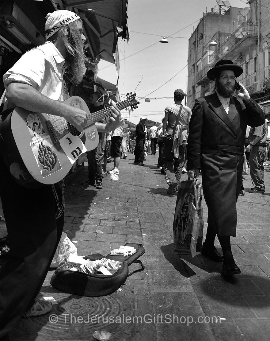 Mahane Yehuda Market Busker