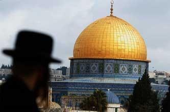 Orthodox overlooking Temple Mount