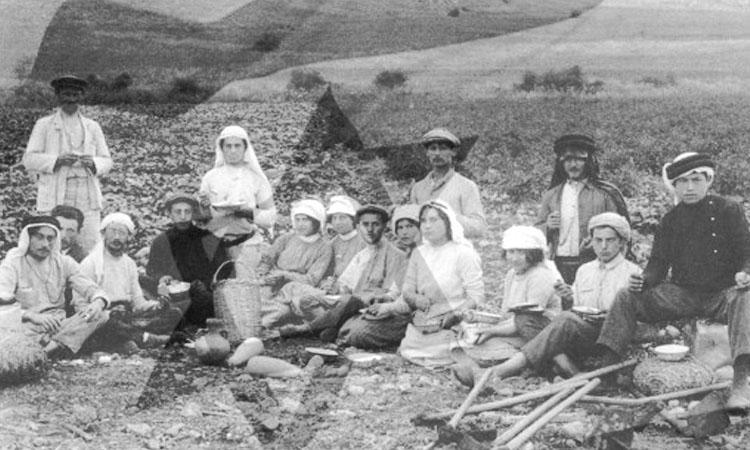 Early Kibbutz Life