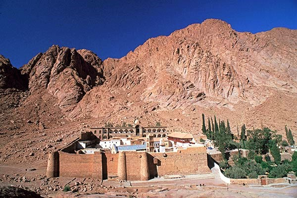 The monastery of Santa Catherina sits at the base of the imposing cliffs of Mount Horeb, site of Moses' encounter with the Burning Bush.