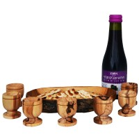The Lord\s Supper - Communion Wine, Bread Tray and Six Olive Wood Cups