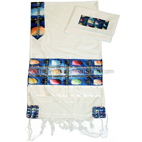 New design tallit from the Gabrieli studios in Jerusalem. Features a silk printed Hoshen by Israeli artist Victor Shrem. Comes with Talit bag. Size: 20 x 80 inch.Made from wool/acrylic mix.For Men or Women.Made in Israel. How to put on the Tallit.Open tal #silk